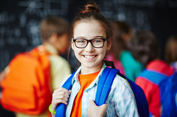 child-wearing-glasses-at-school